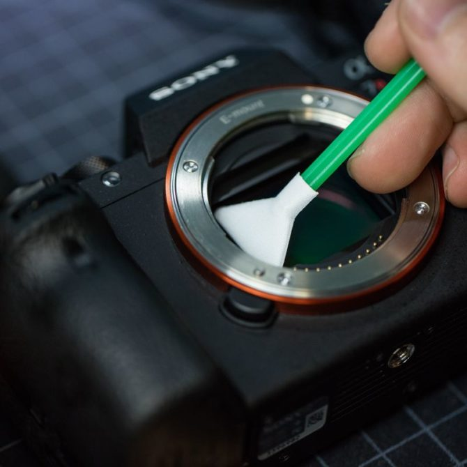 camera-sensor-cleaning-9