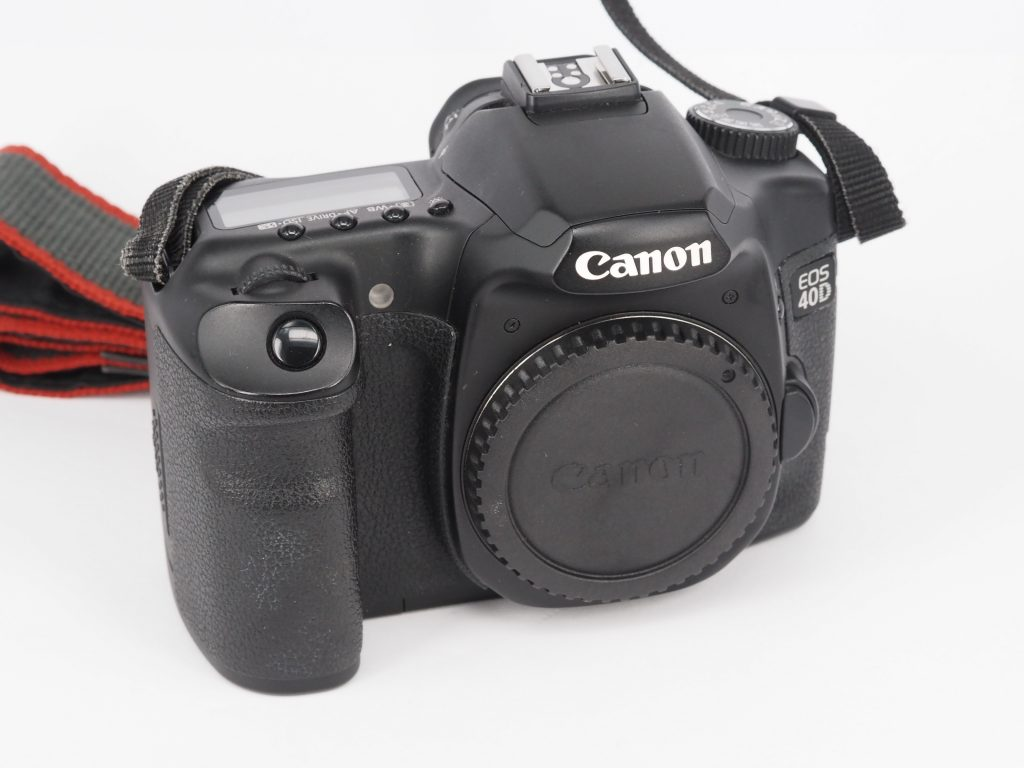Used DSLR and Mirrorless Cameras