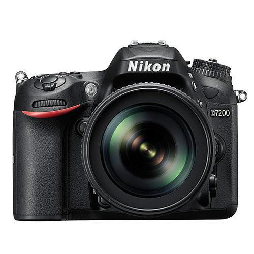 Nikon D7200 Digital SLR + Nikon 18-105mm VR Lens