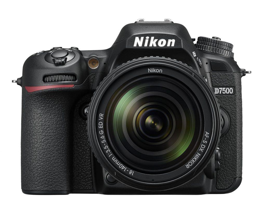 Nikon D7500+ 18-140 VR